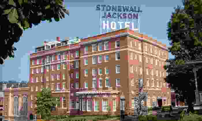 Stonewall Jackson Hotel - Staunton, VA: One-Night Stay with Pizza and Dining Credits at Stonewall Jackson Hotel in Staunton, VA