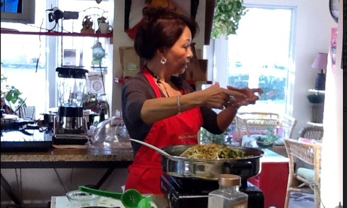 Peachy's Health Smart - Silverton: 90-Minute Healthy-Cooking Class at Peachy's Health Smart (Up to 50% Off)