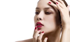 Lourdes Fuentes: Limpieza facial, diseño de cejas y opción a manicura y pedicura normal o semipermanente desde 16,90 € en Lourdes Fuentes