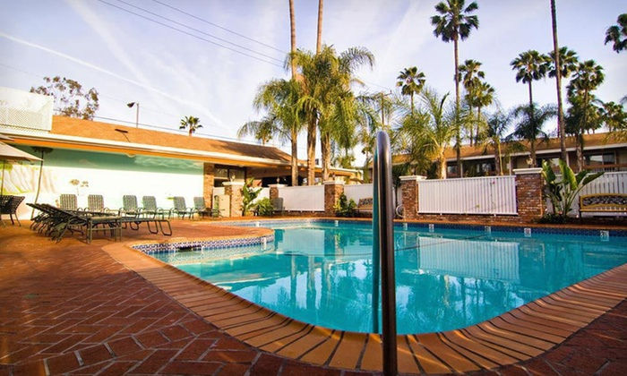 Best Western Plus Carriage Inn - Greater LA: One-Night Stay at Best Western Plus Carriage Inn in Sherman Oaks, CA