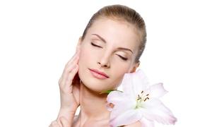 Infinity Beauty Valeria: 3 o 5 pulizie viso con ceretta (sconto fino a 82%)