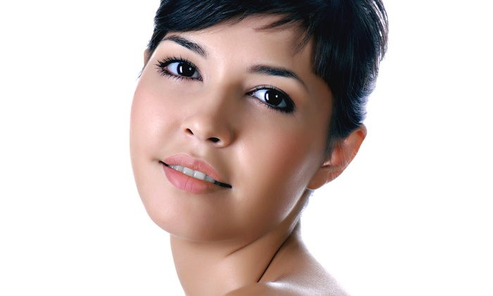 Valley Acne Clinic - Canoga Park: $30 for an Acne-Clearing Facial at Valley Acne Clinic ($75 Value)
