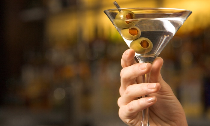 Best Bartenders - Fort Lauderdale: Molecular Mixology Class for One or Two or Bartender Certification Class for One at Best Bartenders (Up to 76% Off)
