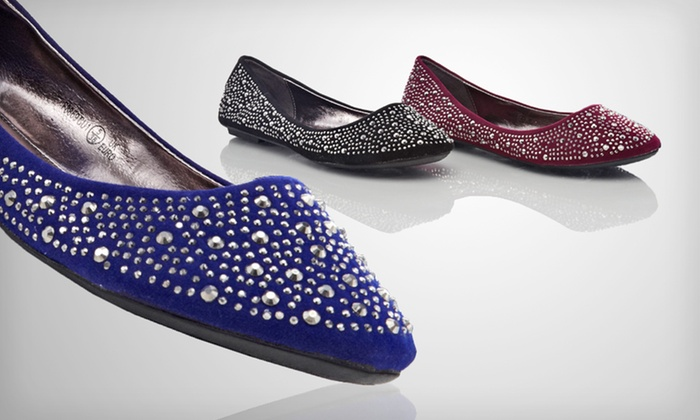 Unze Shimmer Ballet Flats: $21.99 for One Pair of Unze Shimmer Flats ($50 List Price). Multiple Sizes and Colours Available.