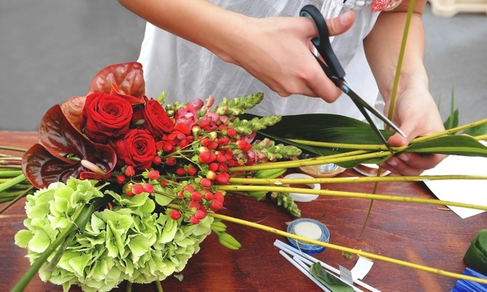 Vivio Flower Gallery - Multiple Locations: C$69 for a Two-Hour Seasonal Flower-Arranging Workshop at Vivio Flower Gallery (C$150 Value)