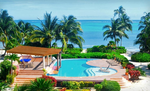 TripAlertz wants you to check out 5- or 7-Night Stay for Four, Six, or Ten in a Two-, Three-, or Five-Bedroom Villa at La Perla del Caribe in Belize Beachfront Villas on Coast of Belize - Beachfront Villas in Belize