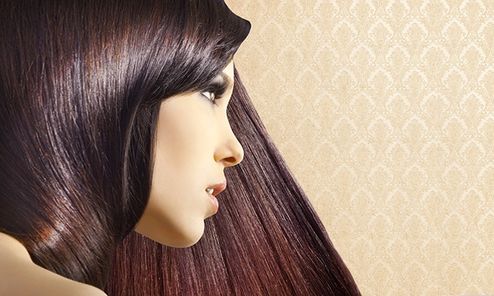 Looks to Dye For Salon - Casselberry-Altamonte Springs: Haircut and Style with Partial or Full Highlights or Color at Looks to Dye For Salon (Up to 56% Off)