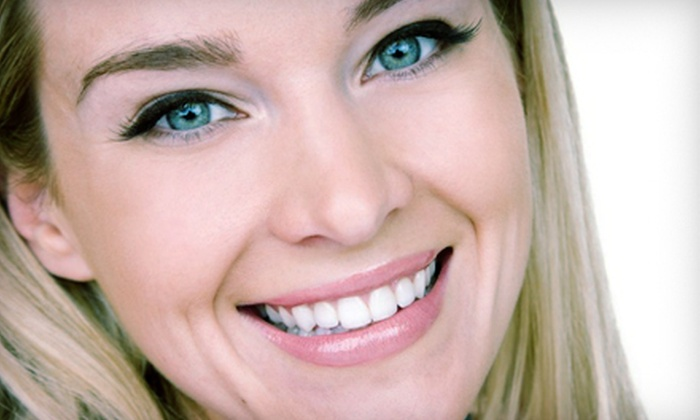 Canadian Smile Clinics: $49 for an At-Home Teeth-Whitening Kit for Two from Canadian Smile Clinics ($170 Value)