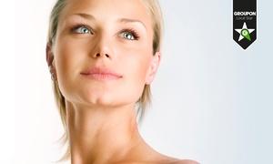 Medspa Clinic: 3 o 5 sedute con pulizia del viso a ultrasuoni, peeling e trattamenti contro rughe e macchie cutanee (sconto fino a 94%)