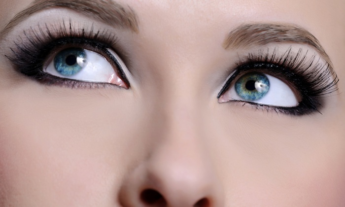 iLash Studio - Sorrento Valley: Half Set of Eyelash Extensions at iLash Studio (53% Off)