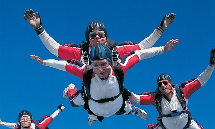 Skydiving: Skydiving Groupon