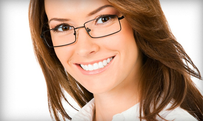 Clear Vision Center of South Florida - Plantation: $29 for an Eye Exam and $100 Toward Frames and Lenses at Clear Vision Center of South Florida ($189 Value)
