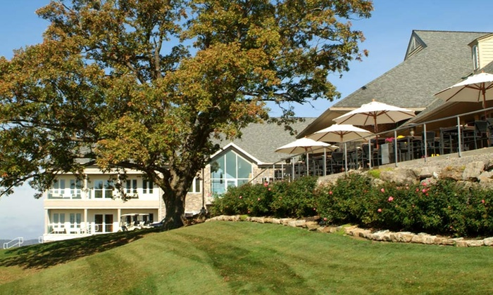 Lenape Heights Golf Resort - Ford City, PA: Stay at Lenape Heights Golf Resort in Ford City, PA. Dates Available into October.