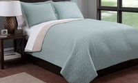 GROUPON: Reversible Quilt Set 3-Piece Reversible Quilt Set