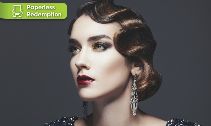 DeLuxe Beauty Bar - San Diego: Full Set of Eyelash Extensions at DeLuxe Beauty Bar (50% Off)