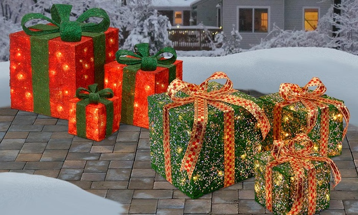 Led holiday outdoor decorations groupon goods for Pre lit outdoor decorations