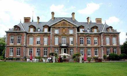 Huy : 1 à 3 nuits en chambre Supérieure avec bain à bulles, dîner en option, au Domaine du Château de la Neuville pour 2