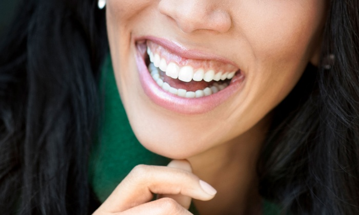 Davis Dental Services - Irving Heritage District: $29 for a Dental Check-Up Package with Exam, X-Rays, and Cleaning at Davis Dental Services ($284 Value)