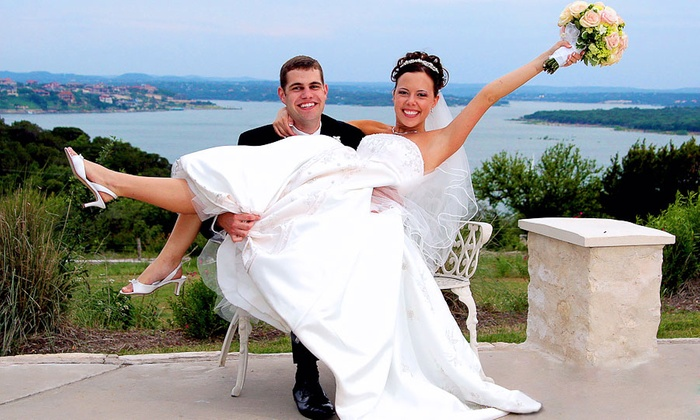 Ron Parks Photography - Austin: $525 for Austin Wedding Photography Package Includes Three-Hour Coverage Plus All Photos ($1,300 Value)