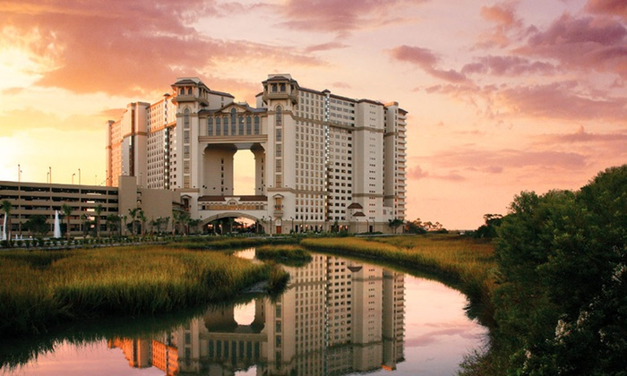 null - Charleston: Stay for two at North Beach Plantation in North Myrtle Beach, SC