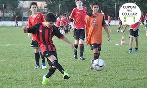 Escola Furacão – Capão Raso: 1, 3 ou 6 meses de escola de futebol na Escola Furacão – 3 unidades: Capão Raso, Santa Cândida e São Braz
