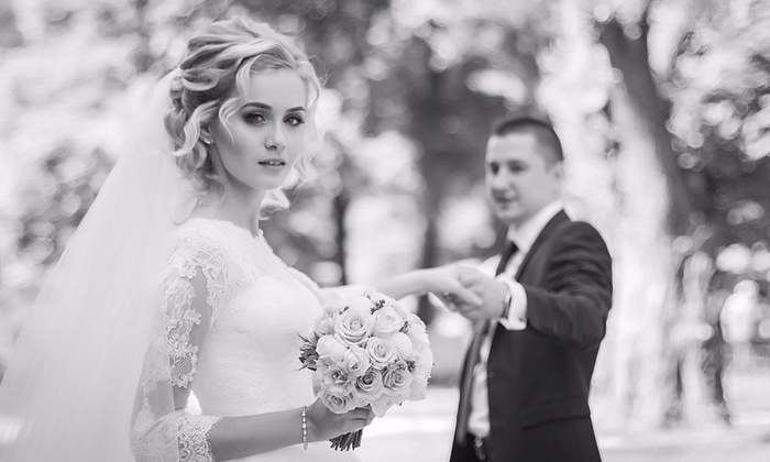 Marta Dorosh Photography - Multiple Locations: 150-Minute Wedding Photography Package with Retouched Digital Images from Marta Dorosh Photography (77% Off)