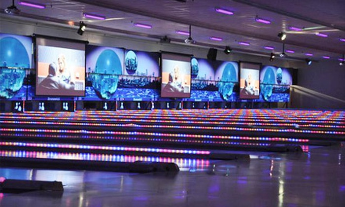 World Bowl - World Bowl: $27 for a 90-Minute Bowling Outing with Shoe Rental for Up to Six at World Bowl in Richmond Hill (Up to $59.82 Value)