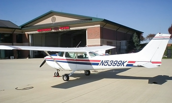 Northwest Flyers - Schaumburg: $109 for a Chicago Lakefront Discovery Flight for Up to Three from Northwest Flyers ($219 Value)