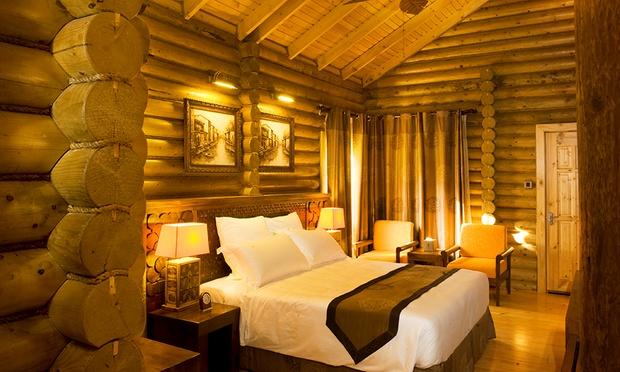 Malacca: 4* Philea Resort + Coach 1