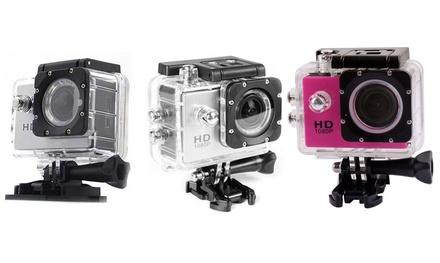 Action Camera mit Zubehör und 12 Megapixel CMOS-Sensor in Silber oder Pink inkl. Versand (Berlin)