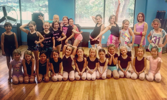 Synergy Dance Center - Chalfont - Highpoint Business Campus: Four Weeks of Unlimited Dance Classes at Synergy Dance Center (65% Off)
