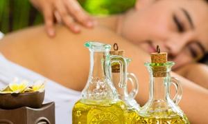 Aravinda: 60 Min. Wellness-, Aromaöl-, Anti-Aging- oder Ayurveda-Ganzkörper-Massage bei Aravinda (49% sparen*)