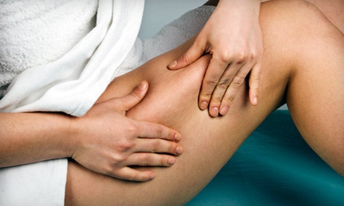 Refine Medical Spa - Near North Side: Six or Nine Zerona Laser Body-Contouring Treatments at Refine Medical Spa (Up to 67% Off)