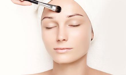 Soin du visage au choix entre l'indispensable, l'intense peeling ou le sublimant dès 19,99 €à Cut coiffure esthétique