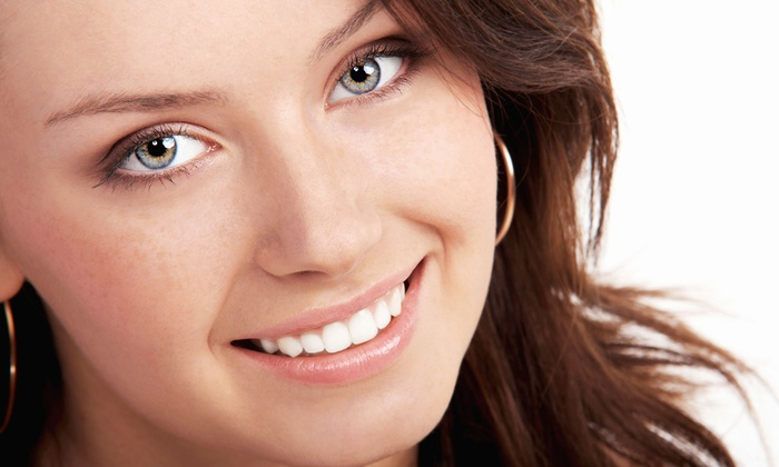 Bay Harbor Perfection - Bay Harbor Islands: $69 for Beaming White Teeth-Whitening Treatment at Bay Harbor Perfection ($149 Value)