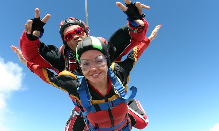 Midwest Freefall Sport Parachute Club - Ray, MI: Introductory or Extreme Tandem Skydiving Package at Midwest Freefall Sport Parachute Club (31% Off)