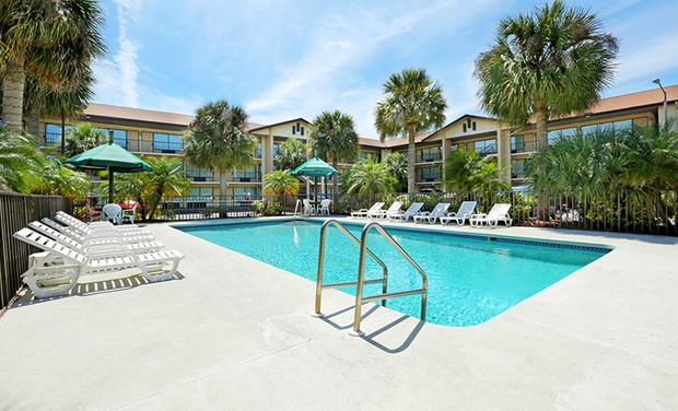 Baymont Inn & Suites Kissimmee - Kissimmee, Florida: Stay at Baymont Inn & Suites Kissimmee in Florida, with Dates into October