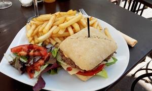 les vieux fiancés: Salade ou burger et dessert pour 2 personnes dès 16,90 € au restaurant Les Vieux Fiancés