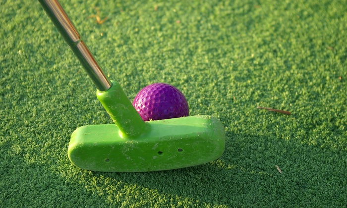 Back to the 50's Mini Golf - Branson: Mini Golf Day Pass for up to Four or Six at Back to the 50s Mini Golf (50%)