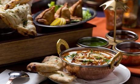 Menú degustación para 2 o 4 personas con aperitivo, entrantes, principales, postre y bebida desde 24,95 € en Curry House