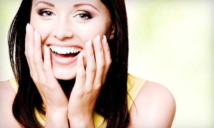 Smile White - Downtown Toronto: $39 for Two Cool Blue Light Teeth-Whitening Treatments at Smile White ($260 Value)