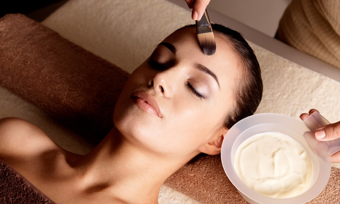 Dr WW Med Spa - Dr WW Med Spa: 75-Minute Signature or Hydrodermabrasion Facial at Dr WW Med Spa (Up to 63% Off)