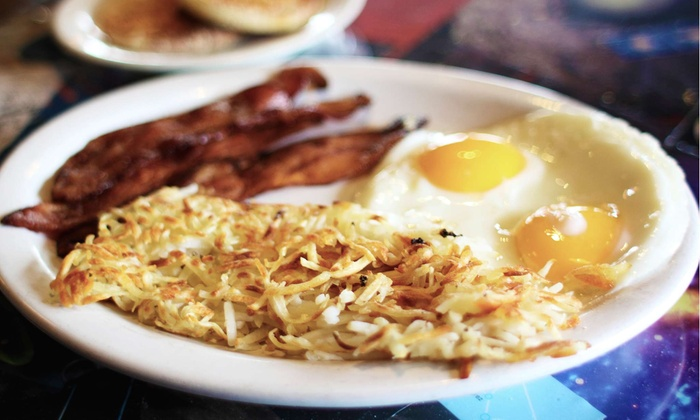 New Uptown Diner - East Isles: $8 for $16 Worth of Diner Food at Uptown Diner