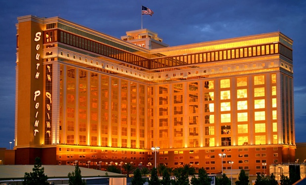 Massive 4 Star Casino Hotel In Las Vegas ...