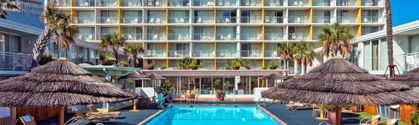 Tropical-Themed Hotel on San Antonio River Walk