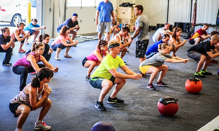 Max Oxygen Crossfit - Ames: $75 for a Foundations Class and One Month of Unlimited Classes at Max Oxygen Crossfit ($150 Value)