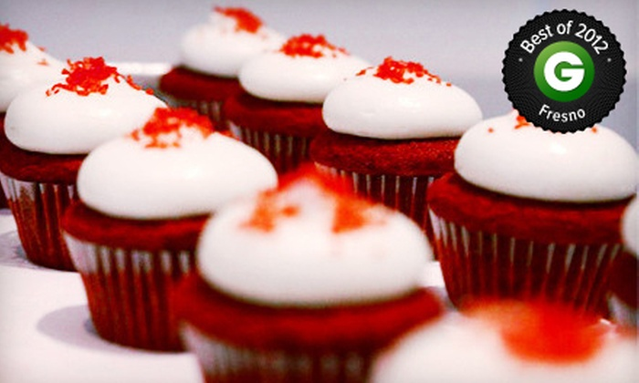 Cupcakes Bakery - Woodward Park: 12 Mini Cupcakes or 6 or 12 Standard Cupcakes at Cupcakes Bakery (Up to 52% Off)