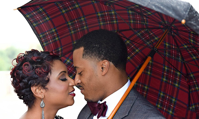Robyn Woods Photography - Atlanta: 60-Minute Engagement Photo Shoot from Robyn Woods Photography  (70% Off)