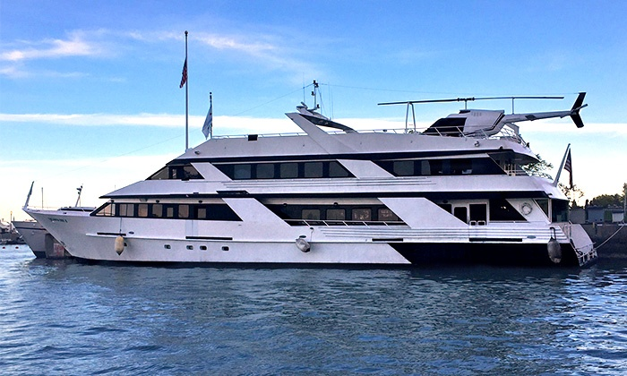 Banda Halloween Yacht Party - DuSable Harbor: Halloween Yacht Party on Saturday, October 31, at 6 p.m.