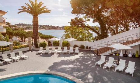 Costa Brava: habitación doble o twin para 2 personas con pensión completa en Hotel Ilunion Caleta Park 4*